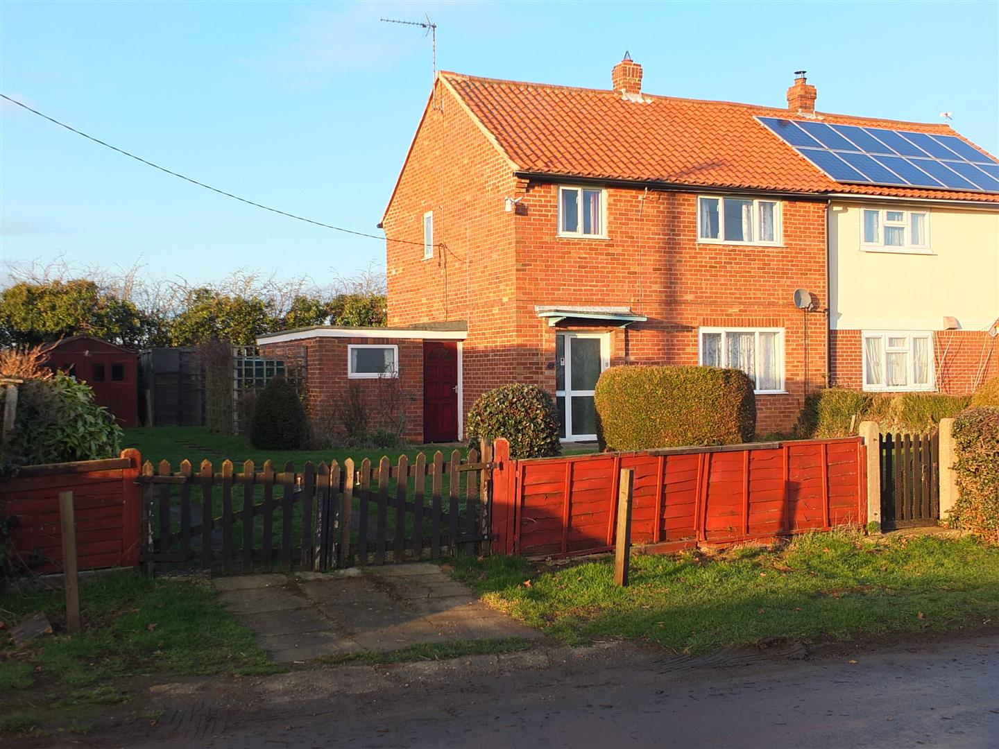 3 bedroom property in Walcot, Sleaford